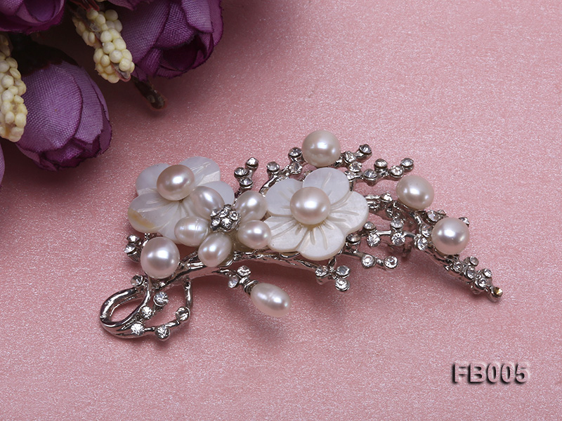 Gold Plated Brooch with Freshwater Pearls, Flower-shaped Seashells and Rhinestone Beads big Image 2