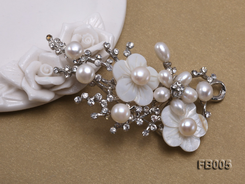 Gold Plated Brooch with Freshwater Pearls, Flower-shaped Seashells and Rhinestone Beads big Image 3