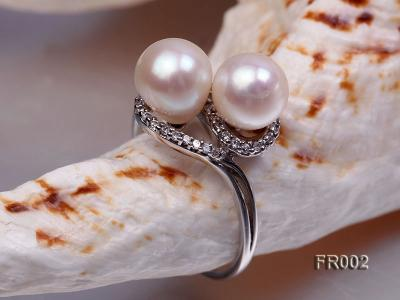 7.5mm white freshwater pearl ring FR002 Image 4