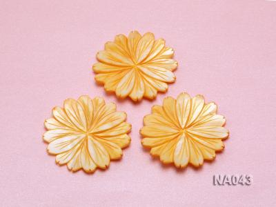 50mmYellow Flower-shaped Shell Jewelry Accessory NA043 Image 3