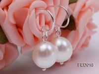 9-10mm White Oval Cultured Freshwater Pearl Earrings FED015