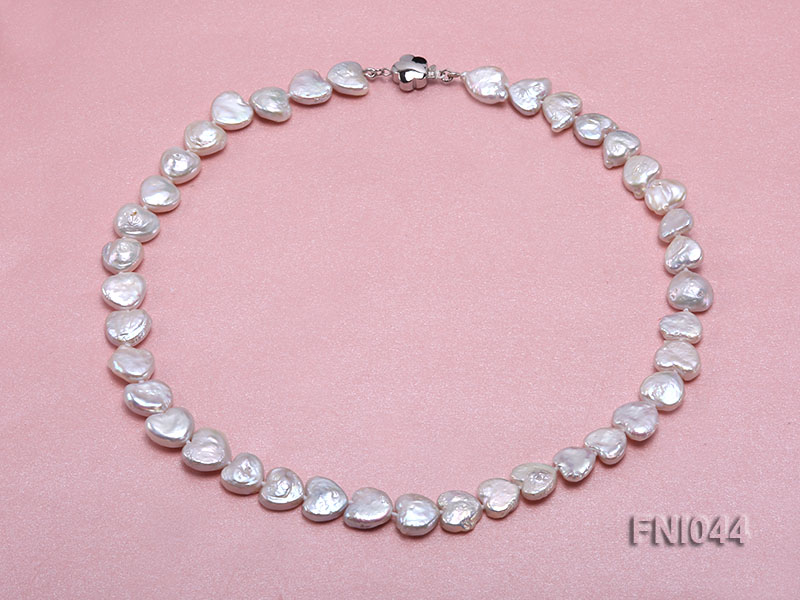 Classic 11mm White Heart-shaped Freshwater Pearl Necklace big Image 1