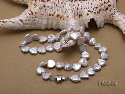 Classic 11mm White Heart-shaped Freshwater Pearl Necklace FNI044 Image 4