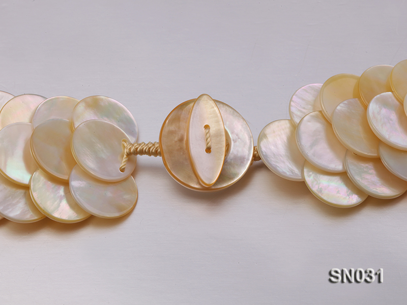 Natural Button-shaped White Shell Pieces Necklace big Image 6