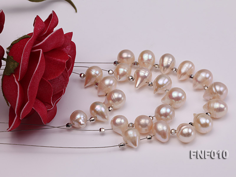 Three-Row 8-16mm White Freshwater Pearl Necklace with Argent Gilded Metal Beads big Image 2