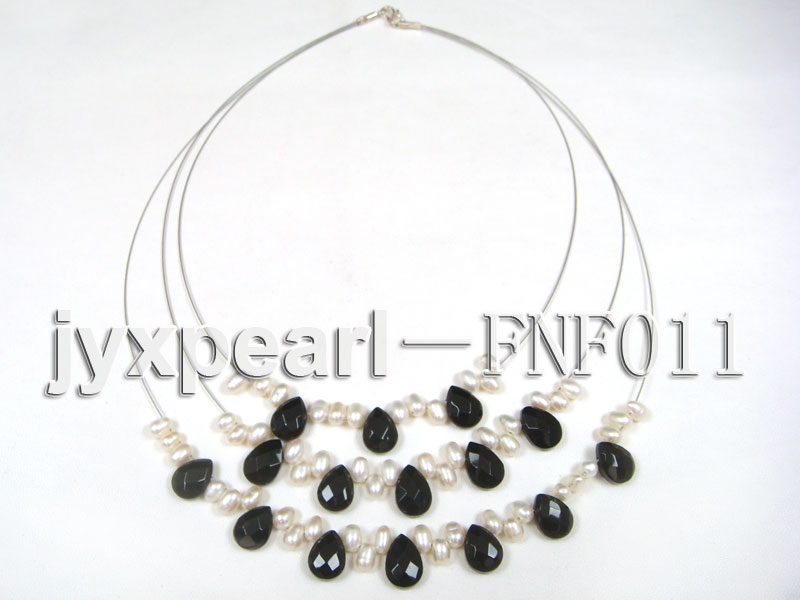 Three-Row 4-6mm White Freshwater Pearl and 9x12mm Black Agate Beads Necklace big Image 5