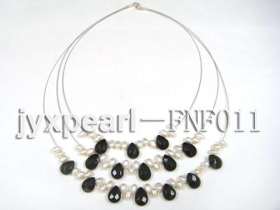 Three-Row 4-6mm White Freshwater Pearl and 9x12mm Black Agate Beads Necklace FNF011 Image 5