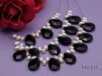 Three-Row 4-6mm White Freshwater Pearl and 9x12mm Black Agate Beads Necklace FNF011 Image 3