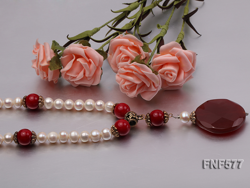 8-9mm White Freshwater Pearl, 12mm Red Coral Beads Necklace with a Red Disc-shaped Agate Pendant big Image 4