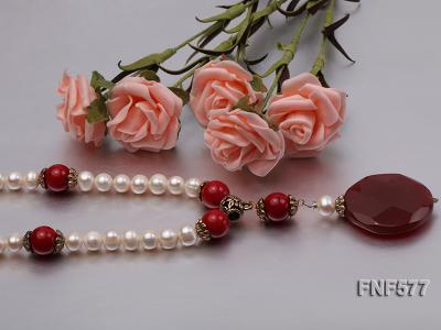 8-9mm White Freshwater Pearl, 12mm Red Coral Beads Necklace with a Red Disc-shaped Agate Pendant FNF577 Image 4