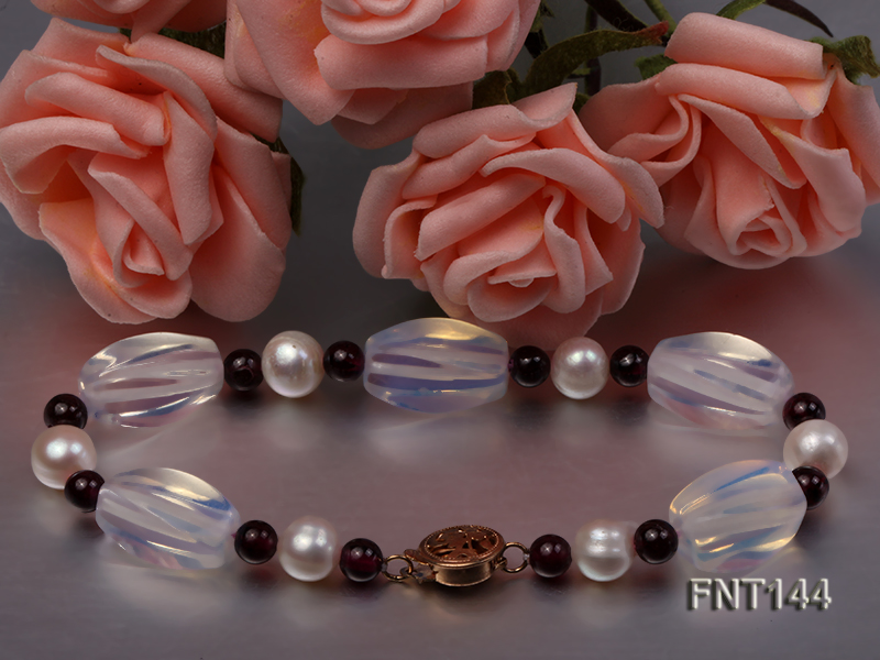 White Freshwater Pearl, Garnet Beads & Moonstone Beads Necklace and Bracelet Set big Image 6
