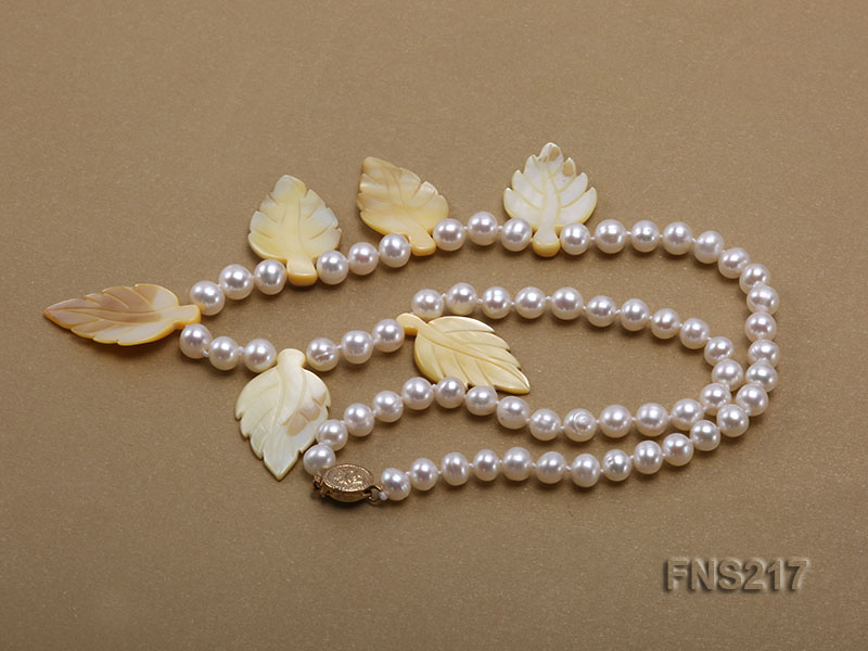natural 6-7mm white round freshwater pearl with light yellow gemstone single strand necklace  big Image 3