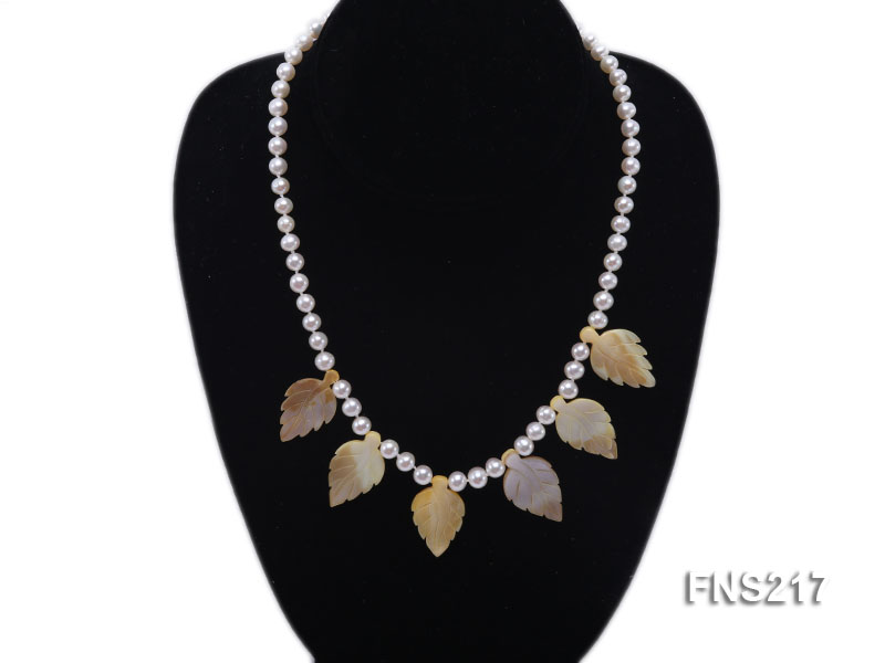 natural 6-7mm white round freshwater pearl with light yellow gemstone single strand necklace  big Image 5