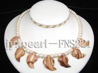 natural 7-8mm white round freshwater pearl with light yellow gemstone single strand necklace  FNS221