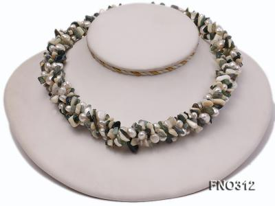 8-9mm multicolor flat freshwater pearl and broken shell necklace FNO312 Image 1