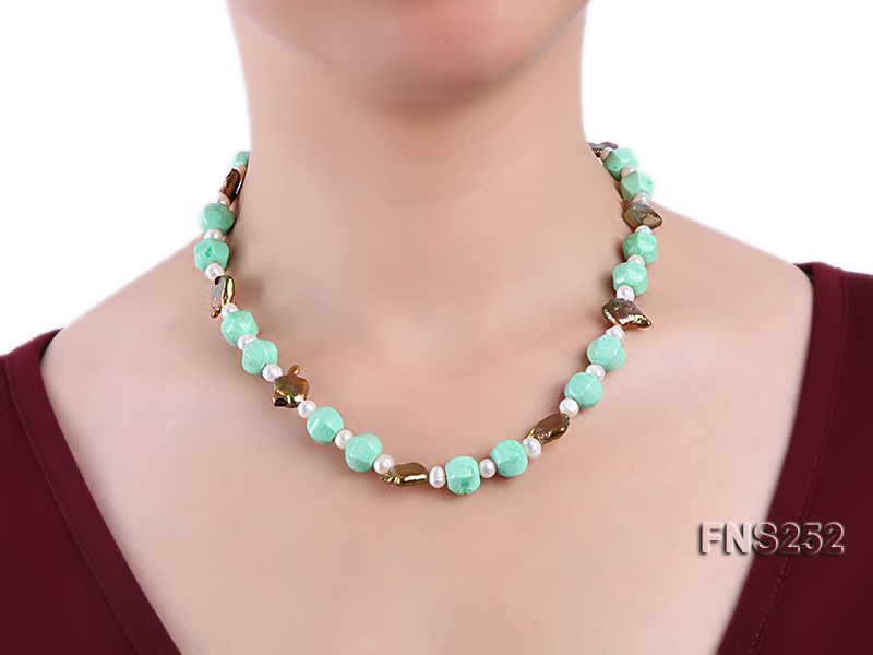 Natural white freshwater pearl with green turquoise and irregular pealrs necklace big Image 3
