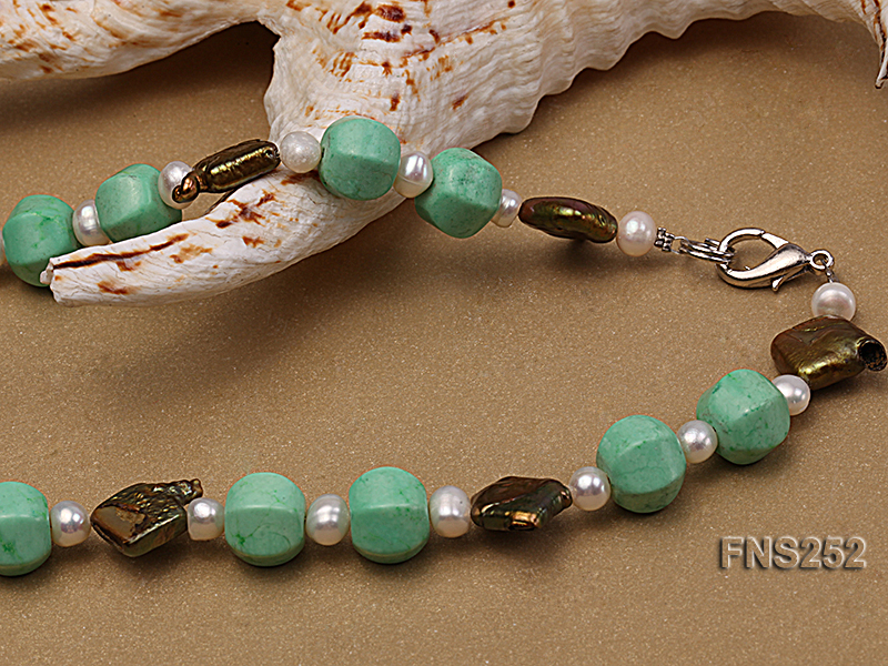 Natural white freshwater pearl with green turquoise and irregular pealrs necklace big Image 4