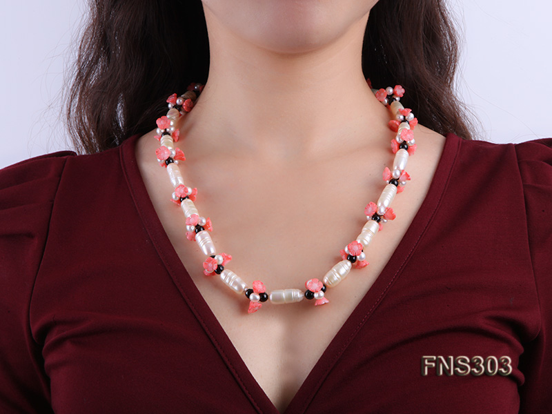 natural white baroque freshwater pearl with black agate red coral flower necklace big Image 5