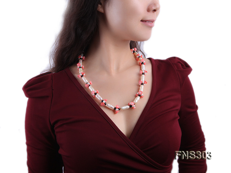 natural white baroque freshwater pearl with black agate red coral flower necklace big Image 6