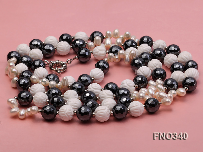 12mm white oval  freshwater pearl and smoky quartz and tridacnidae shell necklace big Image 4