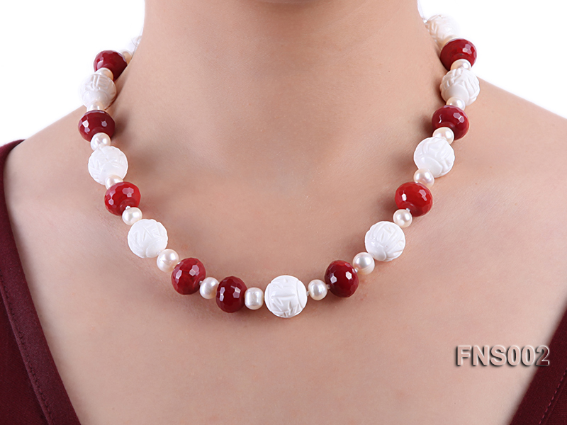 7x9mm white round freshwater pearl with red gemstone and natural tridaonidae necklace big Image 6