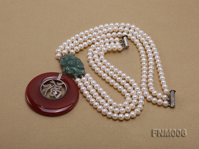 3 strand 5-6mm white round freshwater pearl necklace with agate pendant  big Image 4