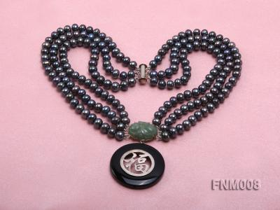 3 strand 5-6mm black round freshwater pearl necklace with agate pendant  FNM008 Image 3
