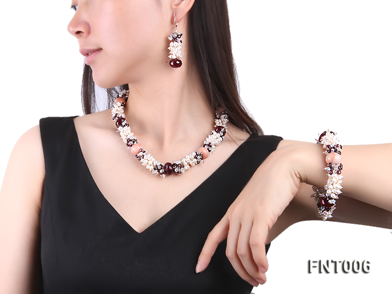 White Freshwater Pearl, Red Agate Beads & Garnet Beads Necklace, Bracelet and Earrings Set big Image 1