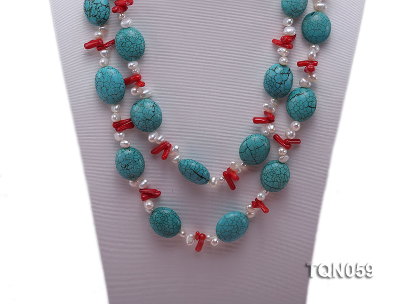 22mm blue round turquoise and red coral sticks necklace with gilded clasp big Image 3