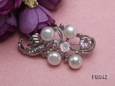 Gold Plated Brooch with Freshwater Pearls and Shining Rhinestone Beads FB042 Image 5