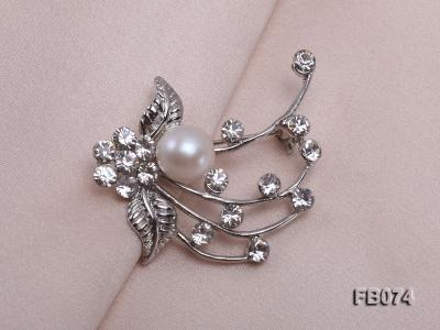Gold Plated Brooch with Freshwater Pearl and Rhinestone Beads FB074 Image 4