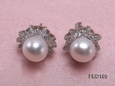 10mm White Flat Freshwater Pearl Earrings FES109 Image 1