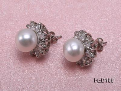 10mm White Flat Freshwater Pearl Earrings FES109 Image 2