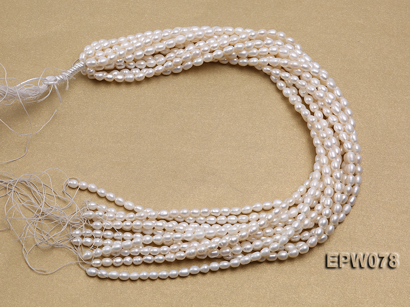 Wholesale 4.5x5.5mm Classic White Rice-shaped Freshwater Pearl String big Image 4
