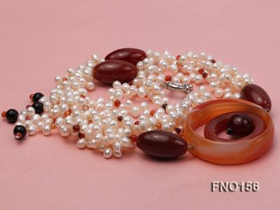 5.5x7mm white oval freshwater pearl and red and black agate necklace FNO156 Image 4