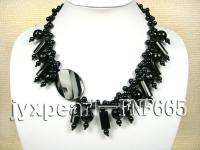 round and pillat-shaped,oval black agate necklace with black agate clasp FNF665