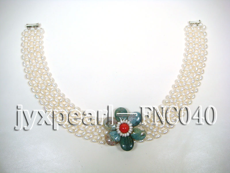 6-7mm White Freshwater Pearl Choker Necklace with Semi-precious Stone Flower big Image 3