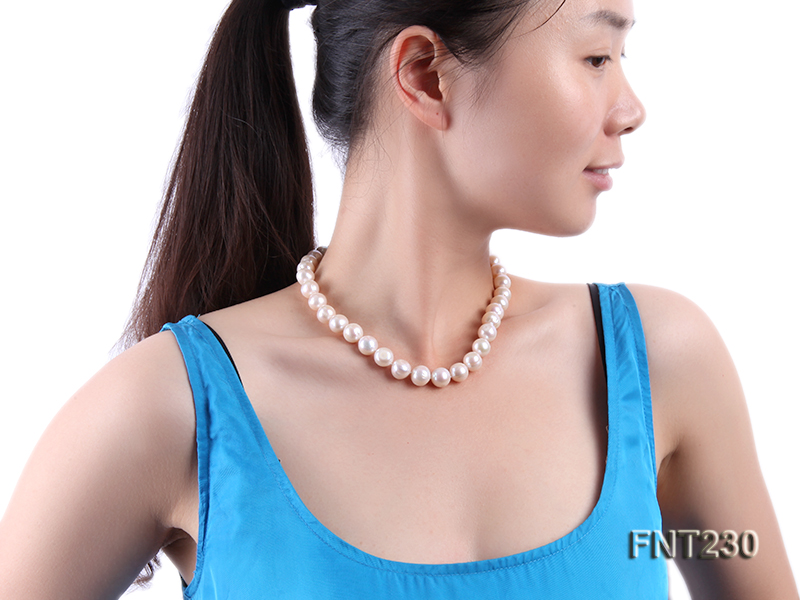 11.5-13.5 mm White Round Freshwater Pearl Necklace and Bracelet Set  big Image 9