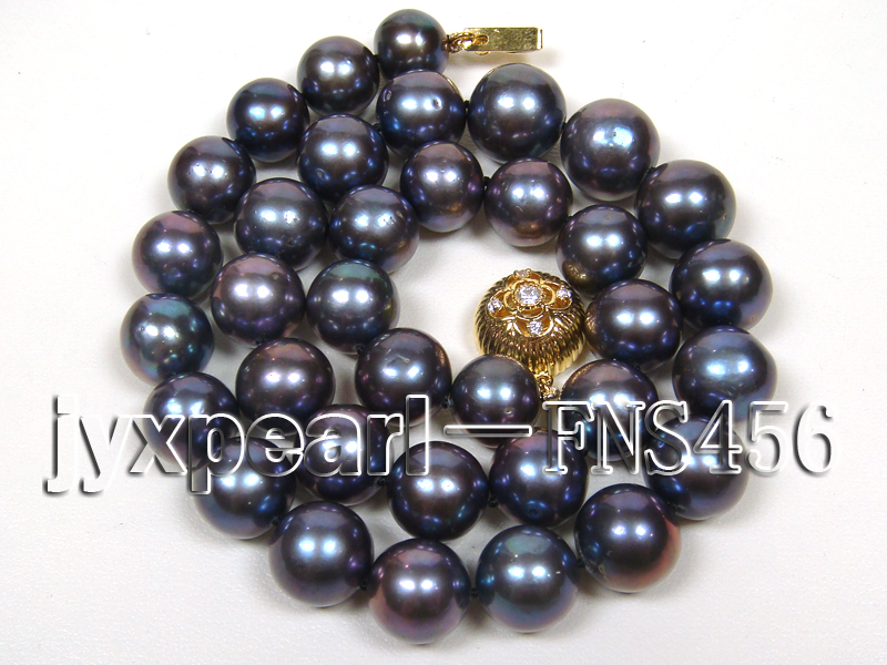 Classic 12-13mm AAAA Black Round Cultured Freshwater Pearl Necklace big Image 1