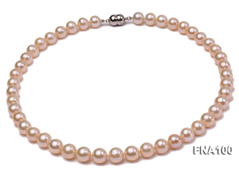 Classic 8.5-9.5mm Pink Round Cultured Freshwater Pearl Necklace big Image 1