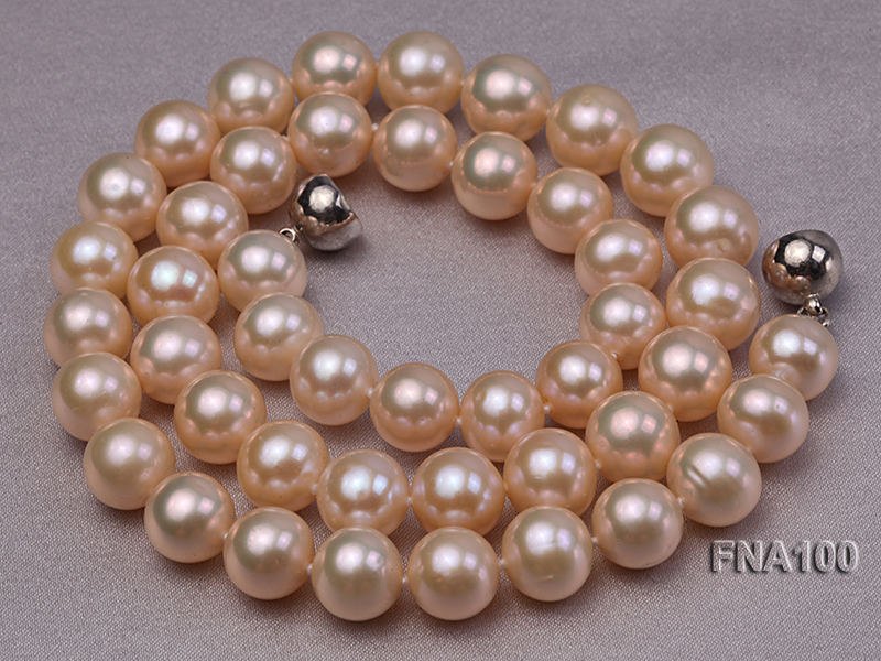 Classic 8.5-9.5mm Pink Round Cultured Freshwater Pearl Necklace big Image 4