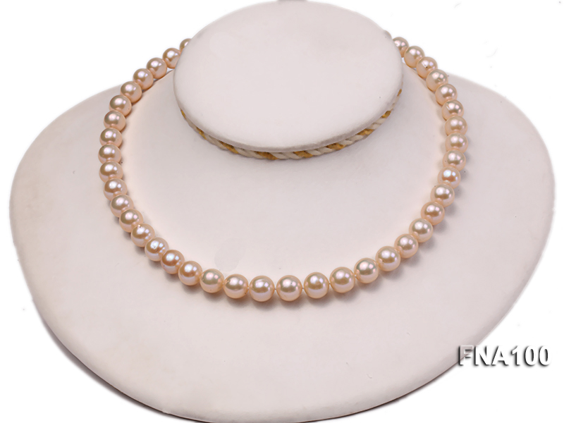Classic 8.5-9.5mm Pink Round Cultured Freshwater Pearl Necklace big Image 5
