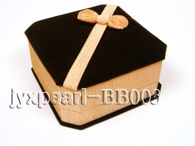 Coffee Velvet Bracelet Box with a Golden Bowknot BB003 Image 1