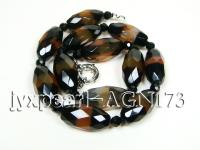14.5x30mm black with red  overtone shuttle-type faceted and black round agate necklace AGN173