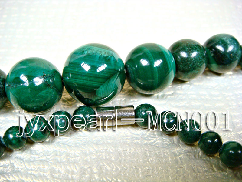 6-16mm green peacock round malachite necklace big Image 3