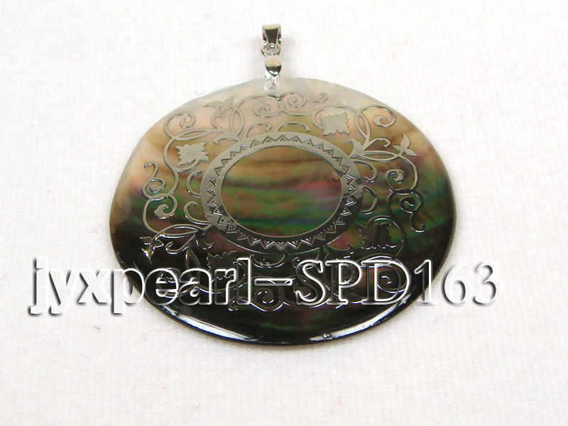 50mm Round Shell Pendant with beautiful Gilded Metal Pattern big Image 1