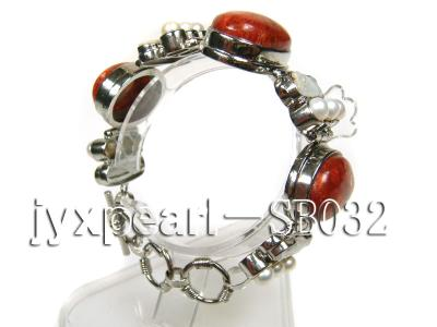 Red Coral beads, White Freshwater Pearls and Shell white Bracelet SB032 Image 2