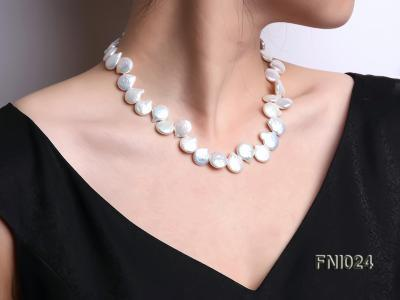 Classic 12x16-13x16.5mm White Button-shaped Freshwater Pearl Necklace FNI024 Image 1