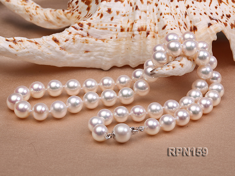 Classic 9mm AAAAA White Round Cultured Freshwater Pearl Necklace big Image 8