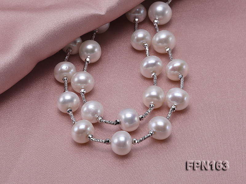 Romantic 9-10mm Flatly Round Freshwater Pearl Necklace in Sterling Silver big Image 4